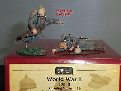 BRITAINS 17915 GERMAN 84TH REGIMENT VON MANSTEIN WOUNDED + DEAD TOY SOLDIER SET