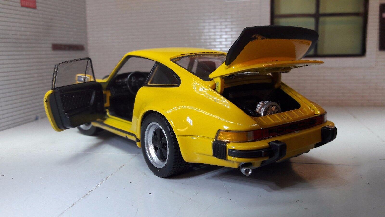 1 1 1 24 Escala 1974 Porsche 911 Turbo 3.0 Amarillo Welly Metal Fundido Coche de 8b0583