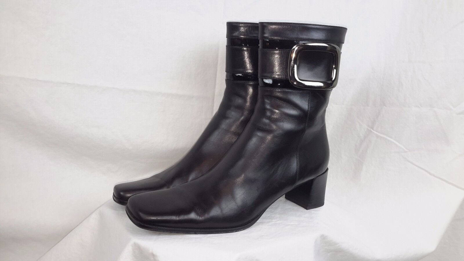 Bruno Magli Damenss schwarz Leder dress    ankle Stiefel italy US 9 2e373d