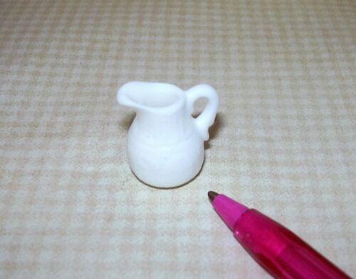 Etched DOLLHOUSE Miniatures 1:12 Miniature Economical White Resin Pitcher