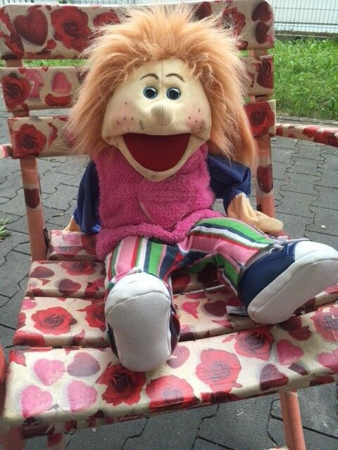 Living Puppets Große Therapie Puppe Mädchen Handpuppe 65 cm