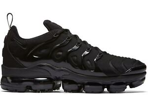 22f59ad47b6c6 NIKE AIR VAPORMAX PLUS 924453-004 TRIPLE BLACK BLACK DARK GREY MEN ...