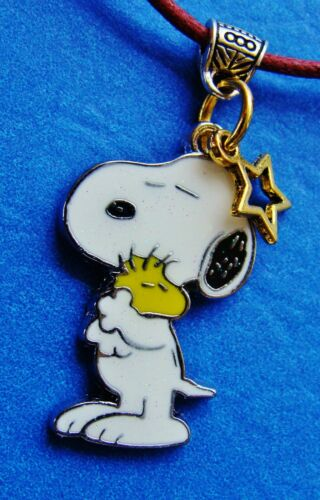 """SNOOPY WOODSTOCK /""""Peanuts/"""" PENDANTNecklace Jewelry  Charlie Brown/'s Beagle Dog"""