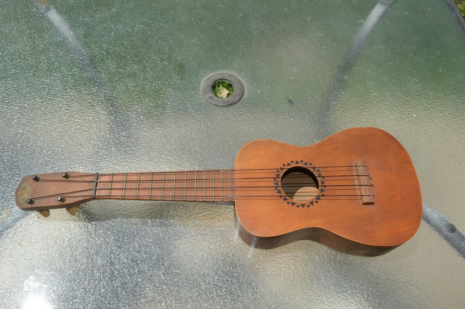 1930's - 1940's Regal Soprano Ukulele Good condition