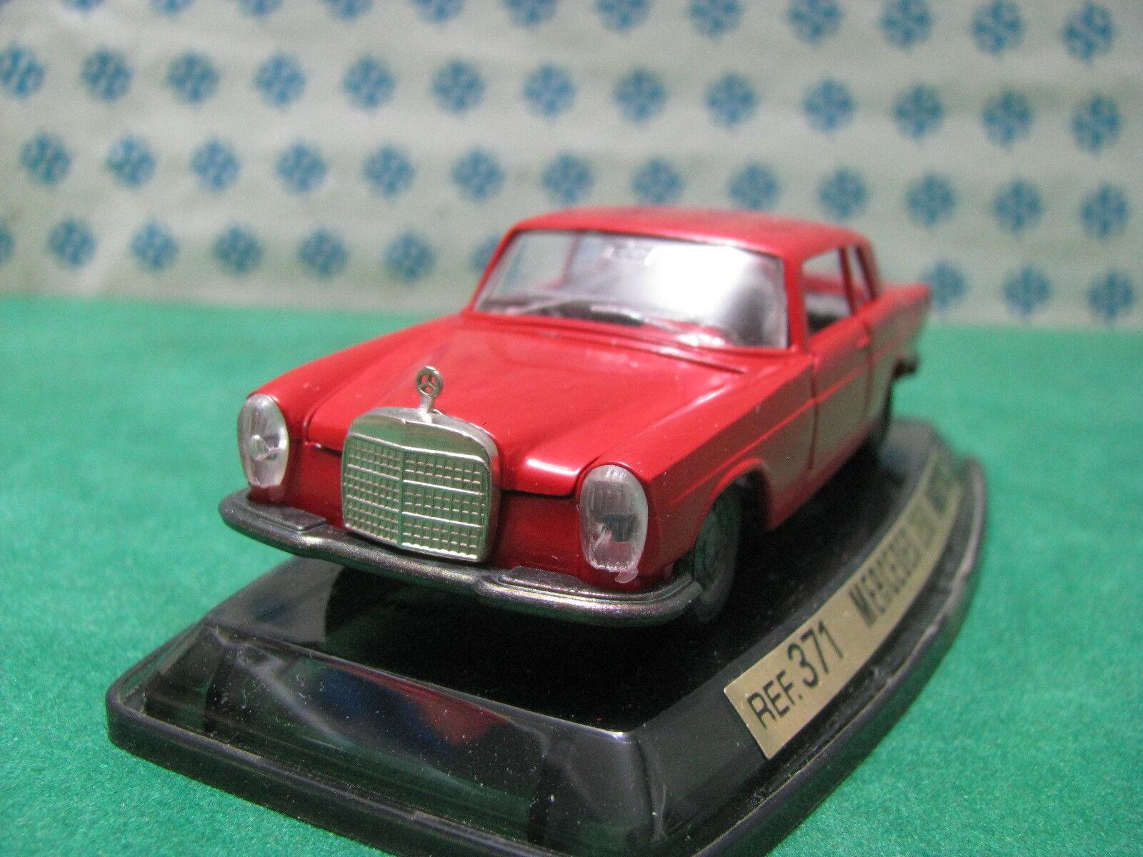 Vintage - MERCEDES-BENZ 250 Coupé - 1 43 Auto-Pilen Ref.371 Mint en boîte