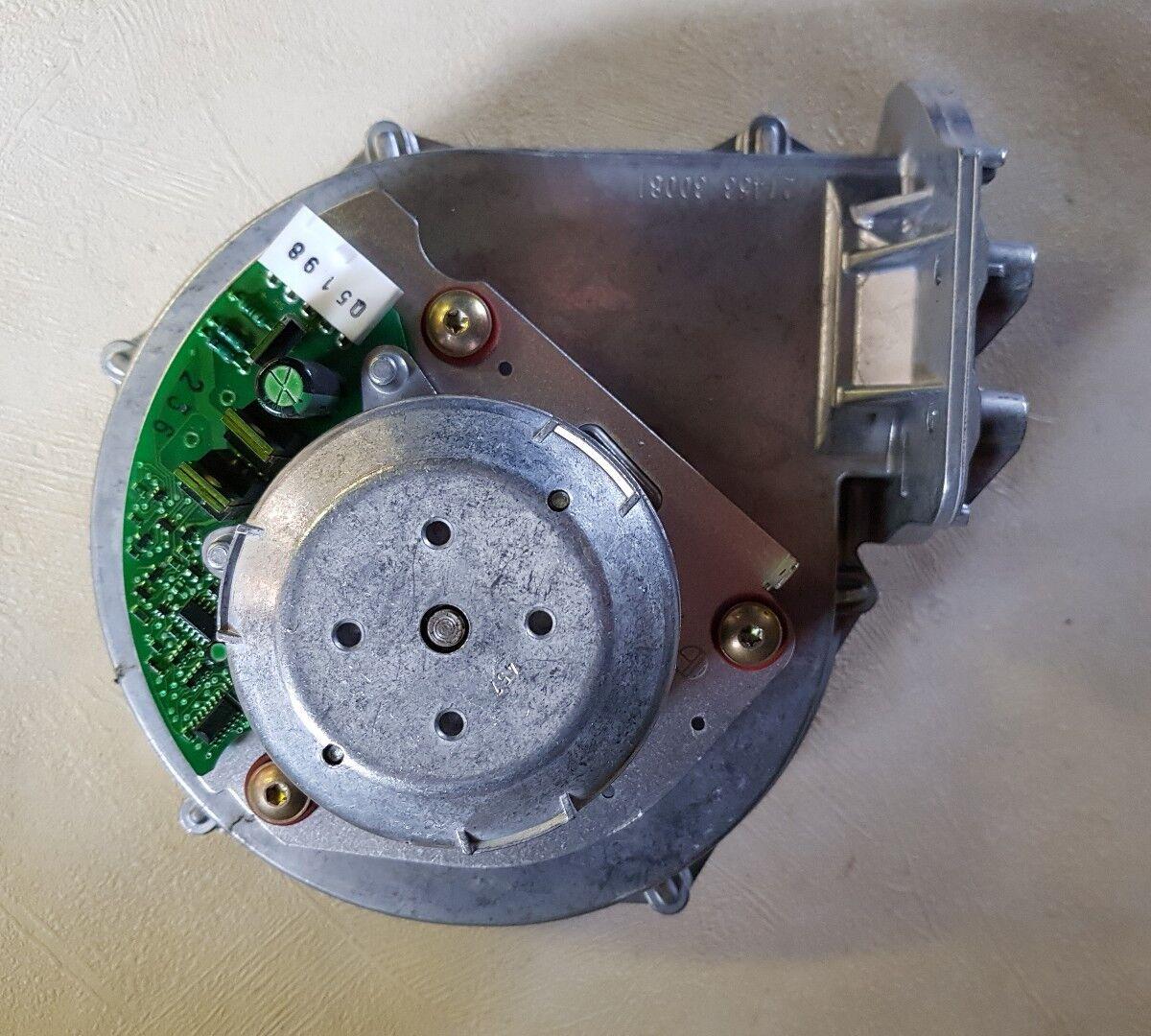 Vaillant la Ecomax, VUW 824E 828E Conjunto de ventiladores 190235 190235 190235 12 meses de garantía 4453ee