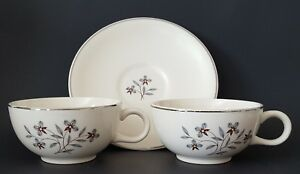 Lenox-Kingsley-Tea-Cups-and-Saucer-Set-Gray-Purple-Pansy-Flowers-Platinum-Trim