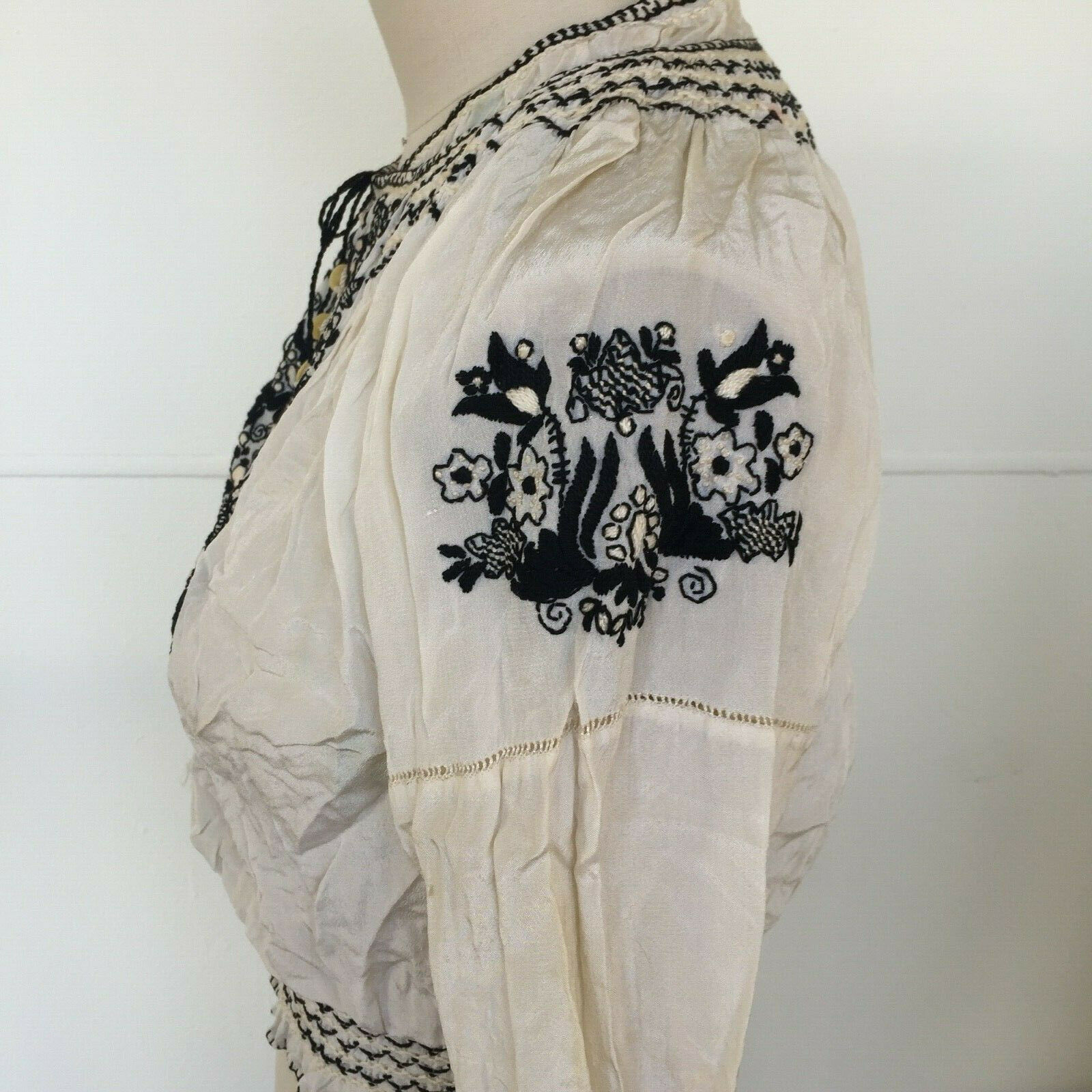 Vtg Hungarian Blouse S-M Embroidered Hand Made Fl… - image 7