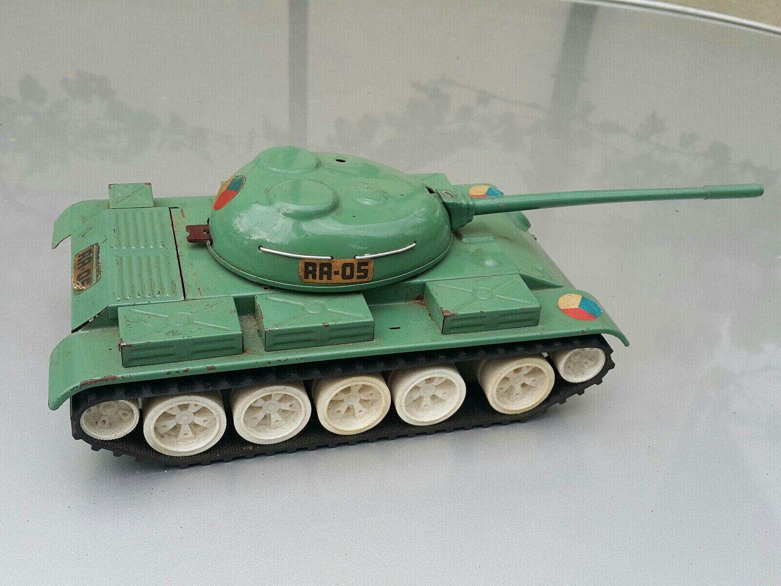VINTAGE TANK ITES RA - 05 TIN MILITARY TOY BATT. OPERAT. CZECH RUSSIAN ARMY IGRA