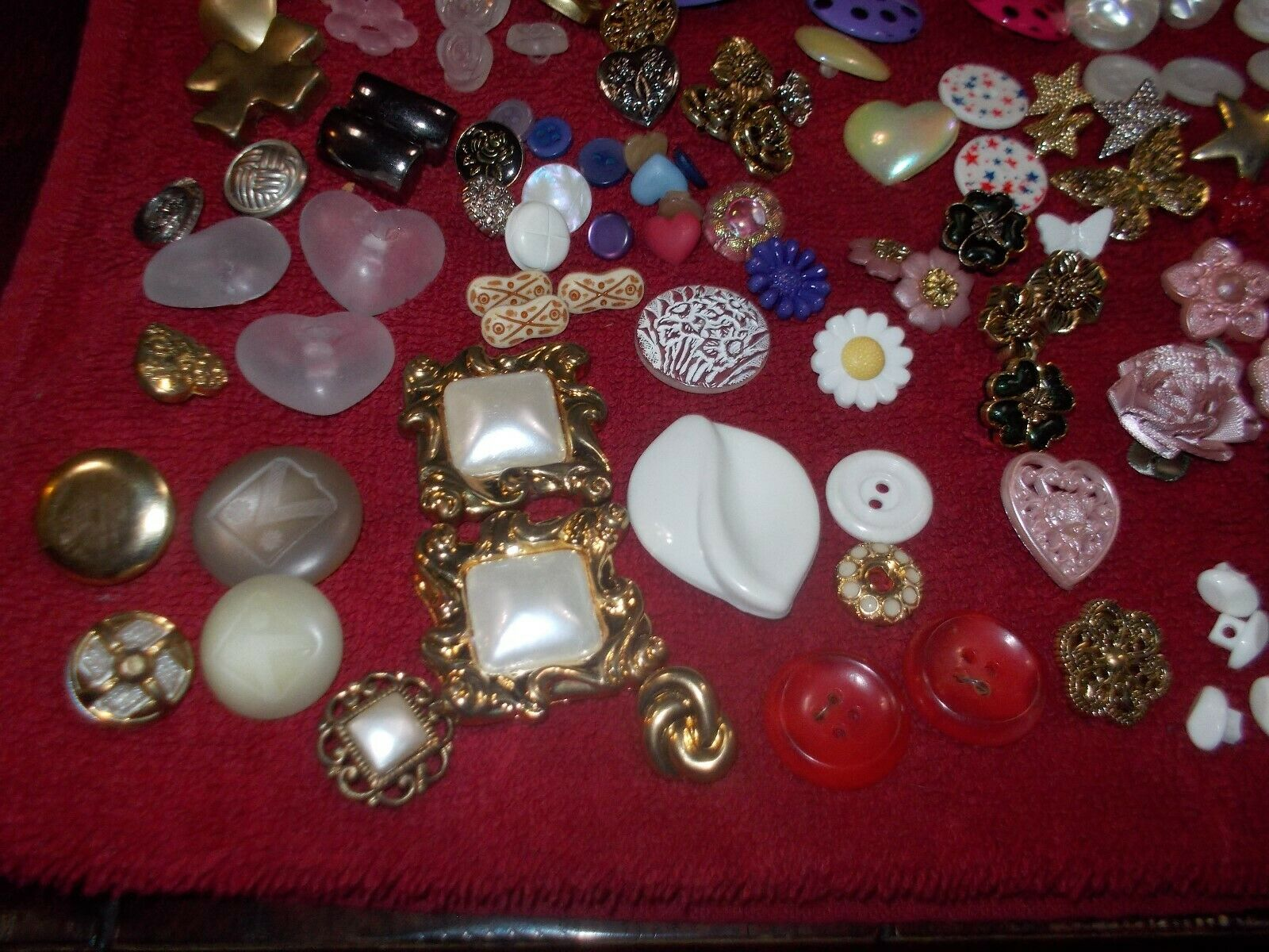 VINTAGE BUTTONS OVER 300 - image 5