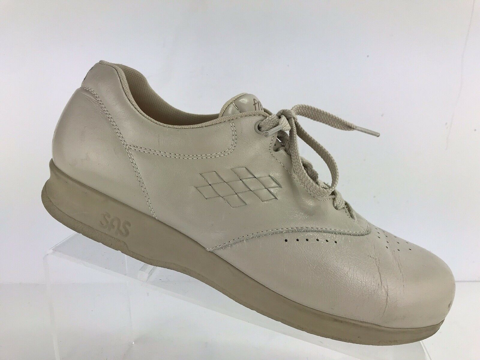 SAS Free Time Women's 8.5 M Diabetic Comfort Walking shoes White Cream Leather