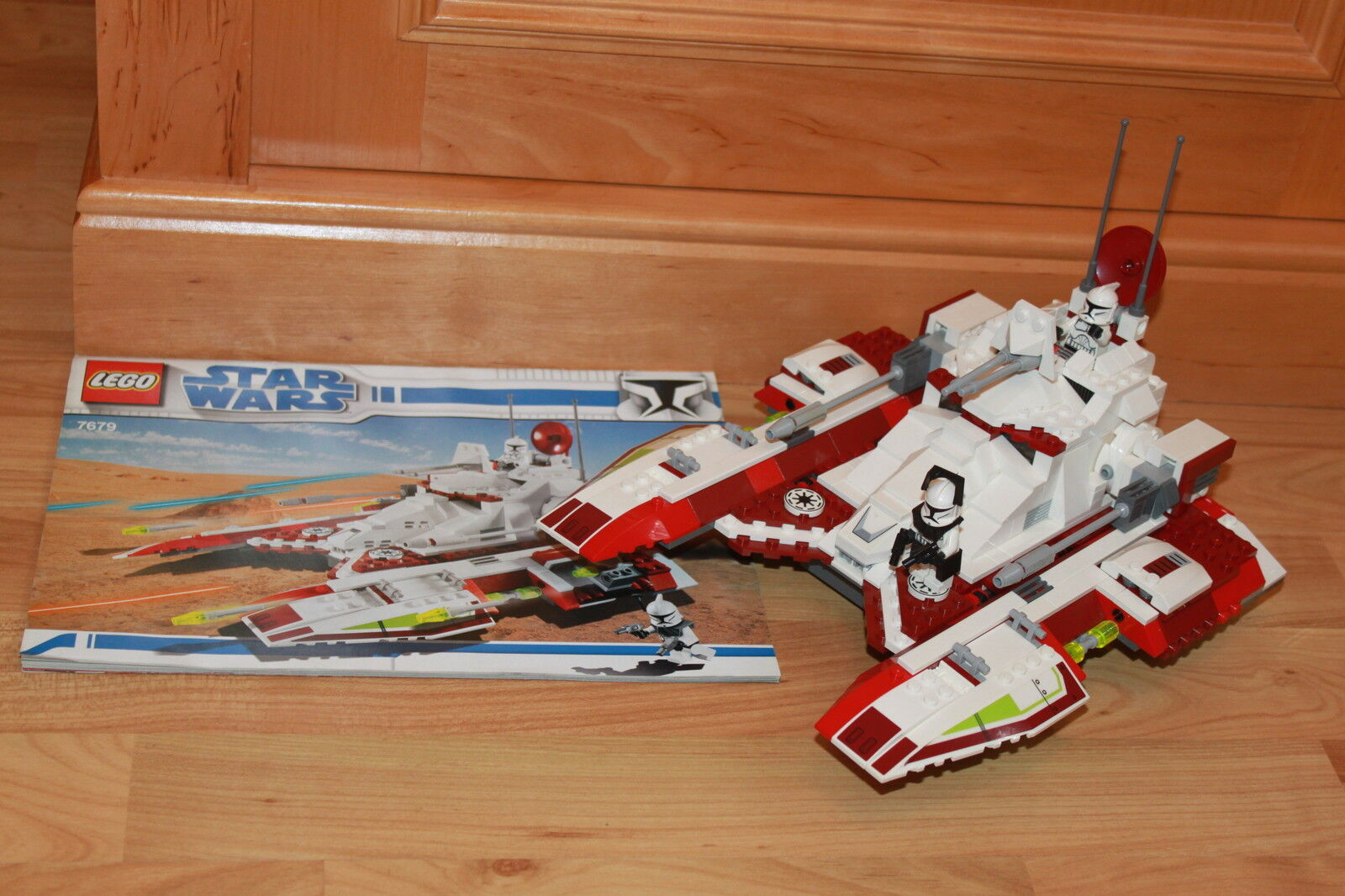 Lego Star Wars - 7679 Republic Fighter Tank komplett mit Figuren & Bauanleitung