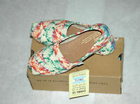 Toms Women's Classic Tropical Floral Burlap Shoes Size 8