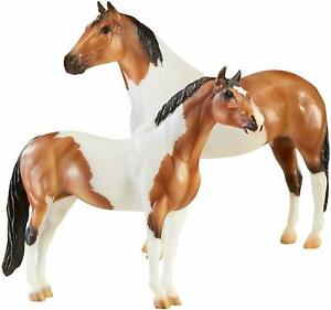 Breyer-The-Gangsters-Tony-Da-Pony-and-Bugsy-Maloney-2-Horse-Set