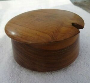 Vintage preserve pot with lid made from wood