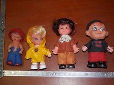 lotto di vecchia bambola gomma mignon IMPERMEABILE GIALLO vintage tipo Frugolini