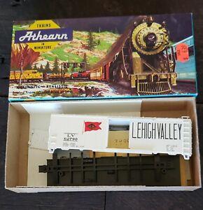 ATHEARN-BEV-BEL-HO-SCALE-LV-LEHIGH-VALLEY-40-039-RAILROAD-FREIGHT-BOX-CAR-864-2