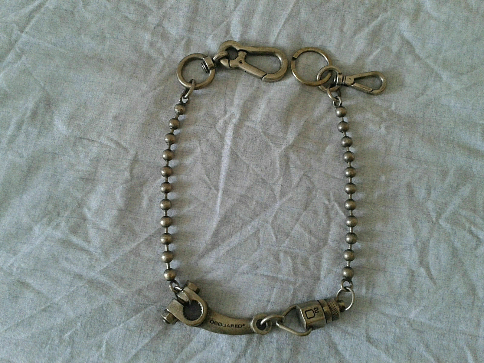 RRP Authentic DSQUARED silver rusty keychain - necklace