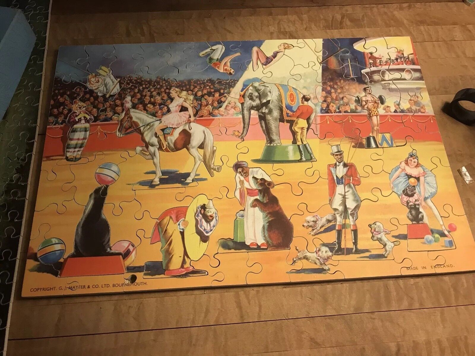 1950's VICTORY WOODEN CIRCUS Jigsaw Puzzle W Character Pieces..Complete W  Box