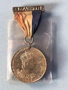 1953-Queen-Elizabeth-II-Coronotaion-Commemorative-Crown-Coin-Medal-Silver-Badge