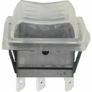 WIPPTASTER-2x-T-A-T-Typ-C1572-16-4a-250V-AC-mit-Schmutz-Spritzschutz