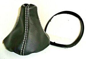 lancia-Ypsilon-cuffia-leva-cambio-in-pelle-nera-cornice-interna-per-il-montagg