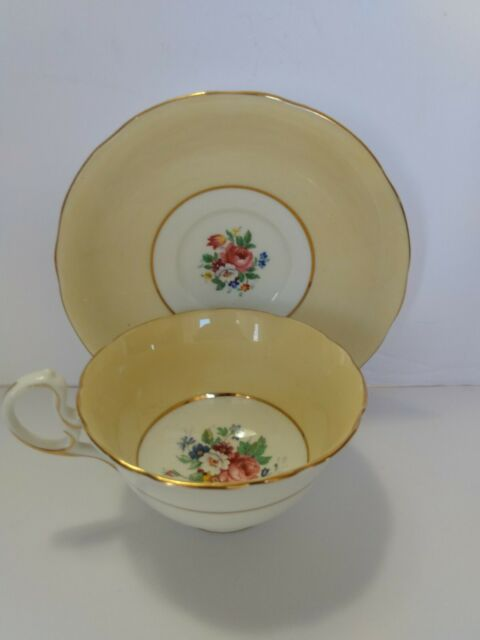 Vintage Aynsley Yellow /Gold Cabbage Rose & Daisy Tea wide mouth cup and Saucer