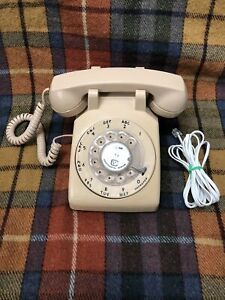 Vintage Stromberg-Carlson Rotary Dial Telephone Pink TESTED