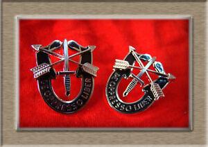 PAIR-US-Army-Special-Forces-Beret-Cap-Badge-De-Oppresso-Liber-Badge-Pin