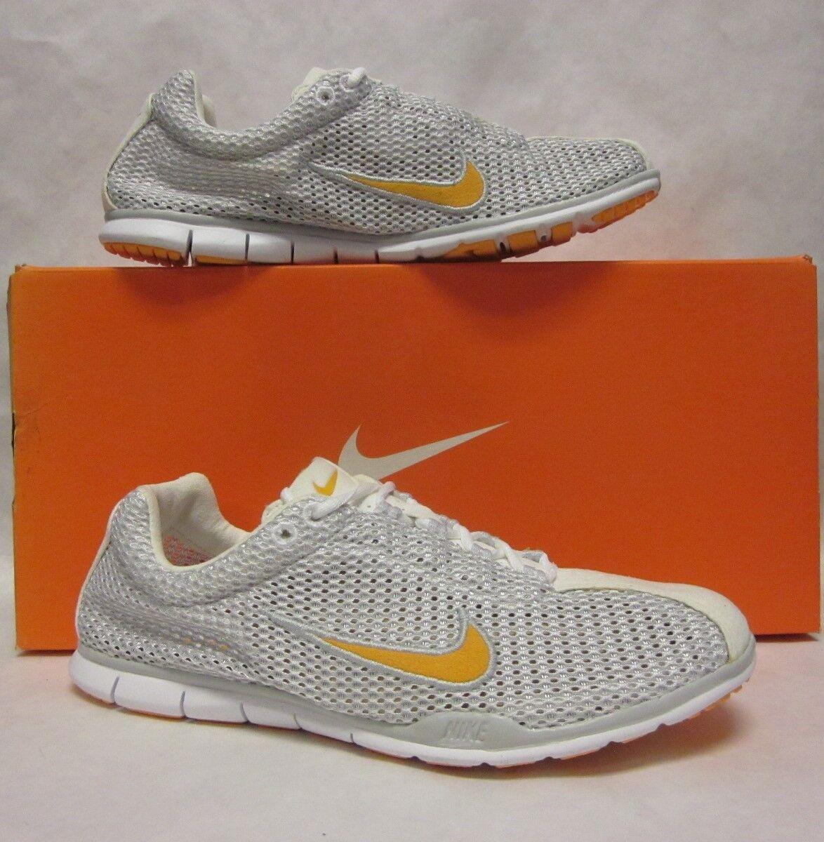 Nike Womens Dayfly White Grey Orange Sneaker - size 6