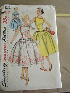 Vintage 1950's Simplicity 1212 Misses Dresses Pattern - Size 14 Bust 32