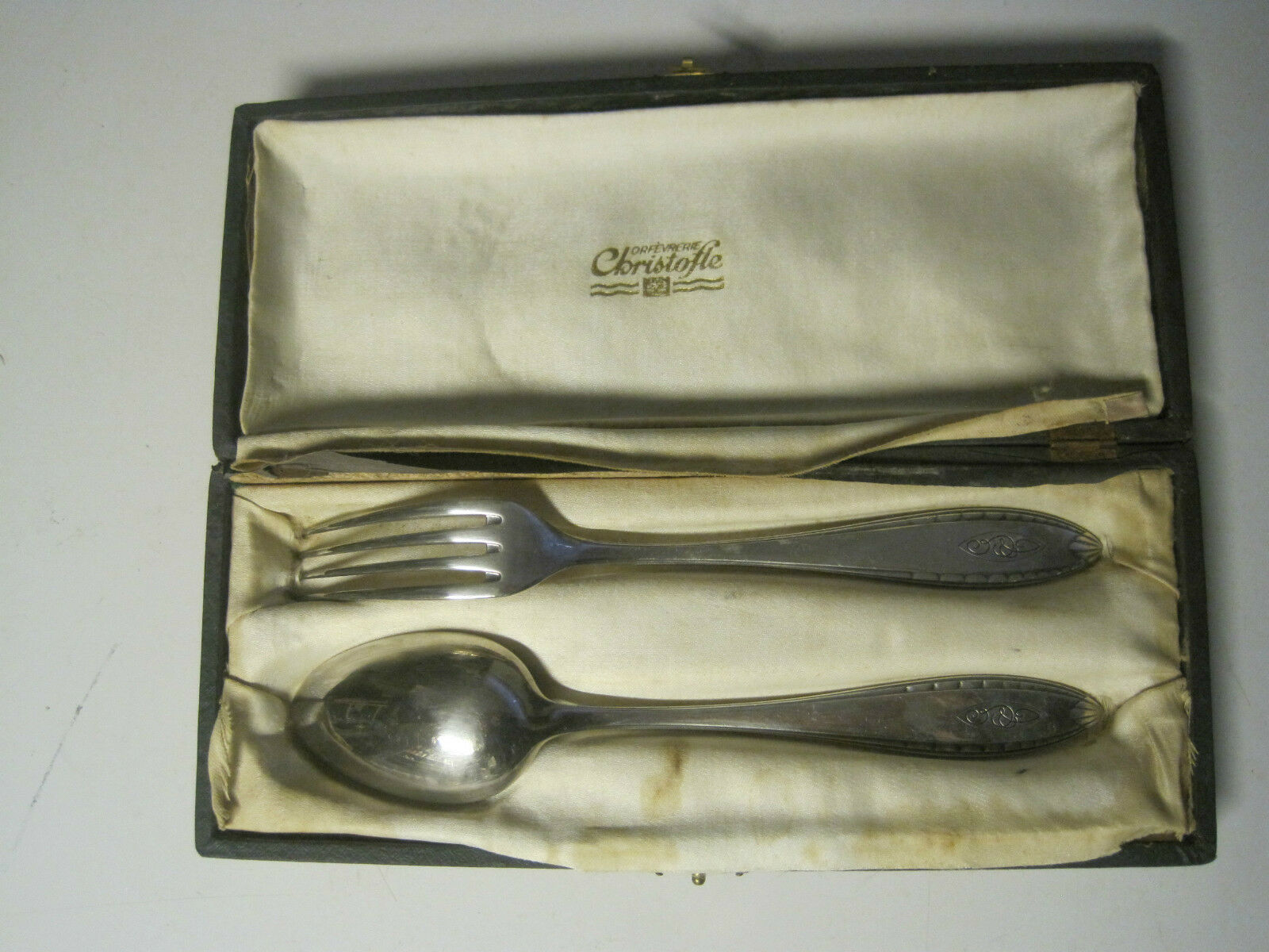 Ancien , service de cougreen en métal silveré christofle , initiale G-C