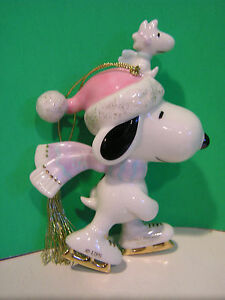 LENOX PEANUTS SNOOPY THE FLYING ACE ORNAMENT with Woodstock NEW in BOX dog house