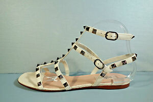 97bb34aebf9f Image is loading VALENTINO-40-BEIGE-LEATHER-GLADIATOR-SILVER-ROCKSTUD-ANKLE-