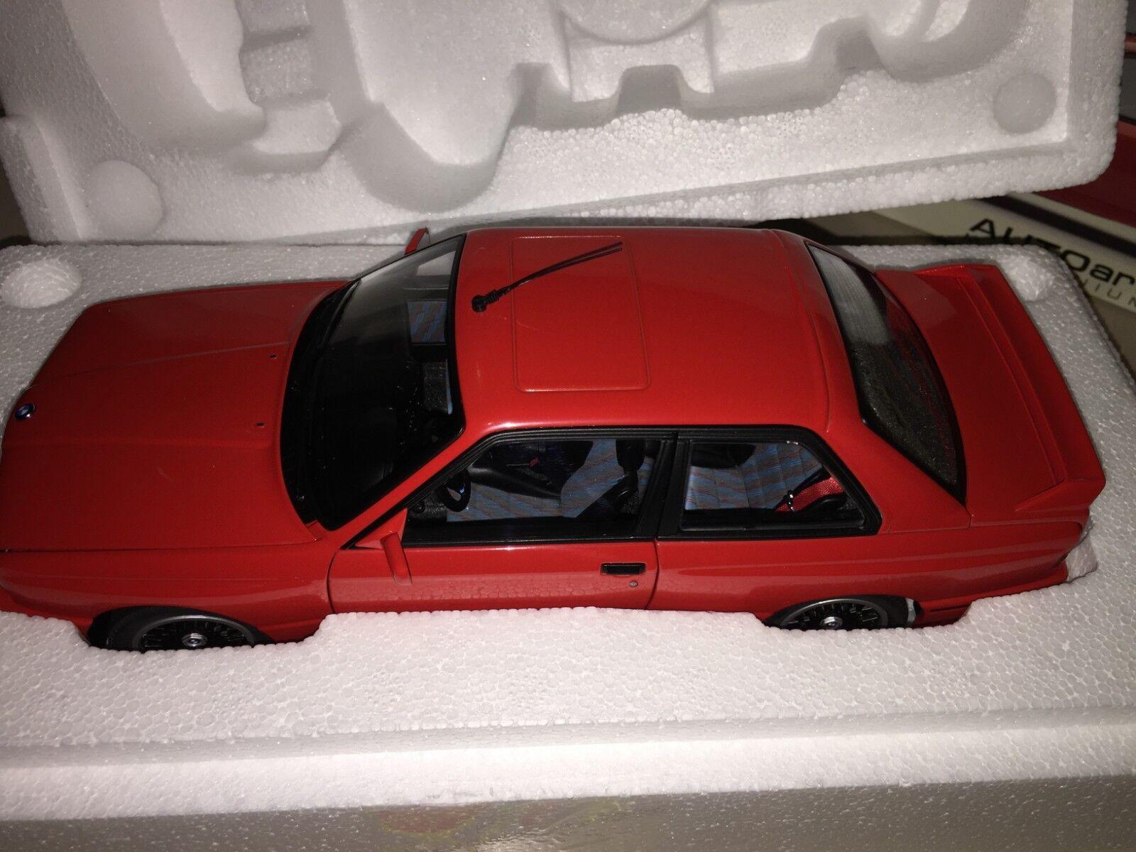 70566 AUTOART 1:18 BMW M3 E30 Rojo NEW  VERY RARE  FREE SHIPPING WORLDWIDE