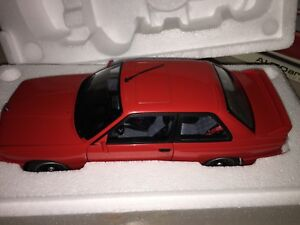 70566-AUTOART-1-18-BMW-M3-E30-RED-NEW-VERY-RARE-FREE-SHIPPING-WORLDWIDE