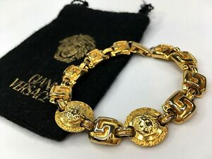 GIANNI-VERSACE-VINTAGE-039-90s-MEDUSA-GREEK-KEY-BRACELET-MEN-AGING-GOLD-CHAIN-ITALY