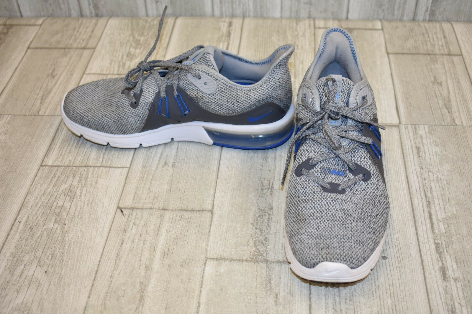 Nike Air Max Running shoes-Men's size 7.5 Grey