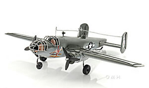 North-American-B-25-Mitchell-Bomber-Metal-Desk-Model-13-034-WWII-Airplane-Decor-New