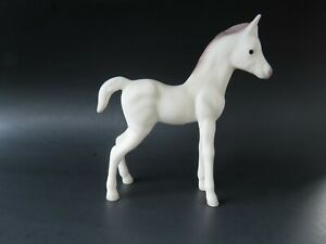 Vintage-Giftcraft-Japan-White-Grey-Arab-Foal-Horse-Figurine
