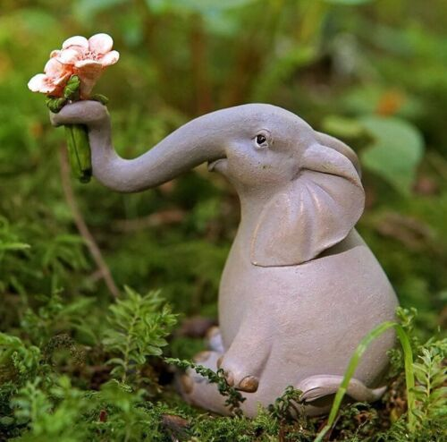 Elephant Offering Flowers TO 4627 Miniature Fairy Garden
