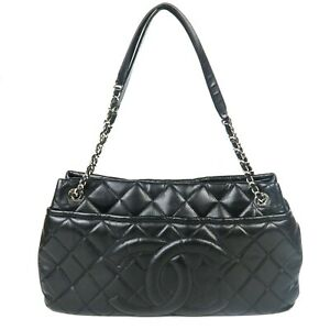 Chanel-Caviar-Large-Black-Tote-Bag-Quilted-Leather-CC-Logo-Chain-Strap