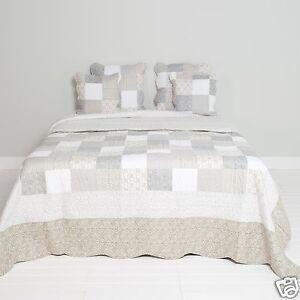 Clayre & Eef Tagesdecke Quilt Plaid Shabby Landhausstil Roses 180x260cm Brocante Seien Sie Im Design Neu Möbel & Wohnen Sofabezüge