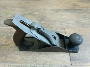 Antique-Stanley-R-amp-L-Co-Bed-Rock-Wood-Plane-No-604-Corrugated-Bottom-Woodworking