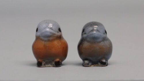 Old Hagen Renaker Bluebird Baby Rosy Breast Variation