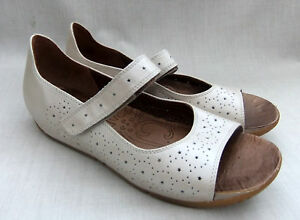 aaf8922b6d0 NEW CLARKS ACTIVE AIR HOPE BEAM WOMENS COTTON LEATHER SANDALS SHOES ...
