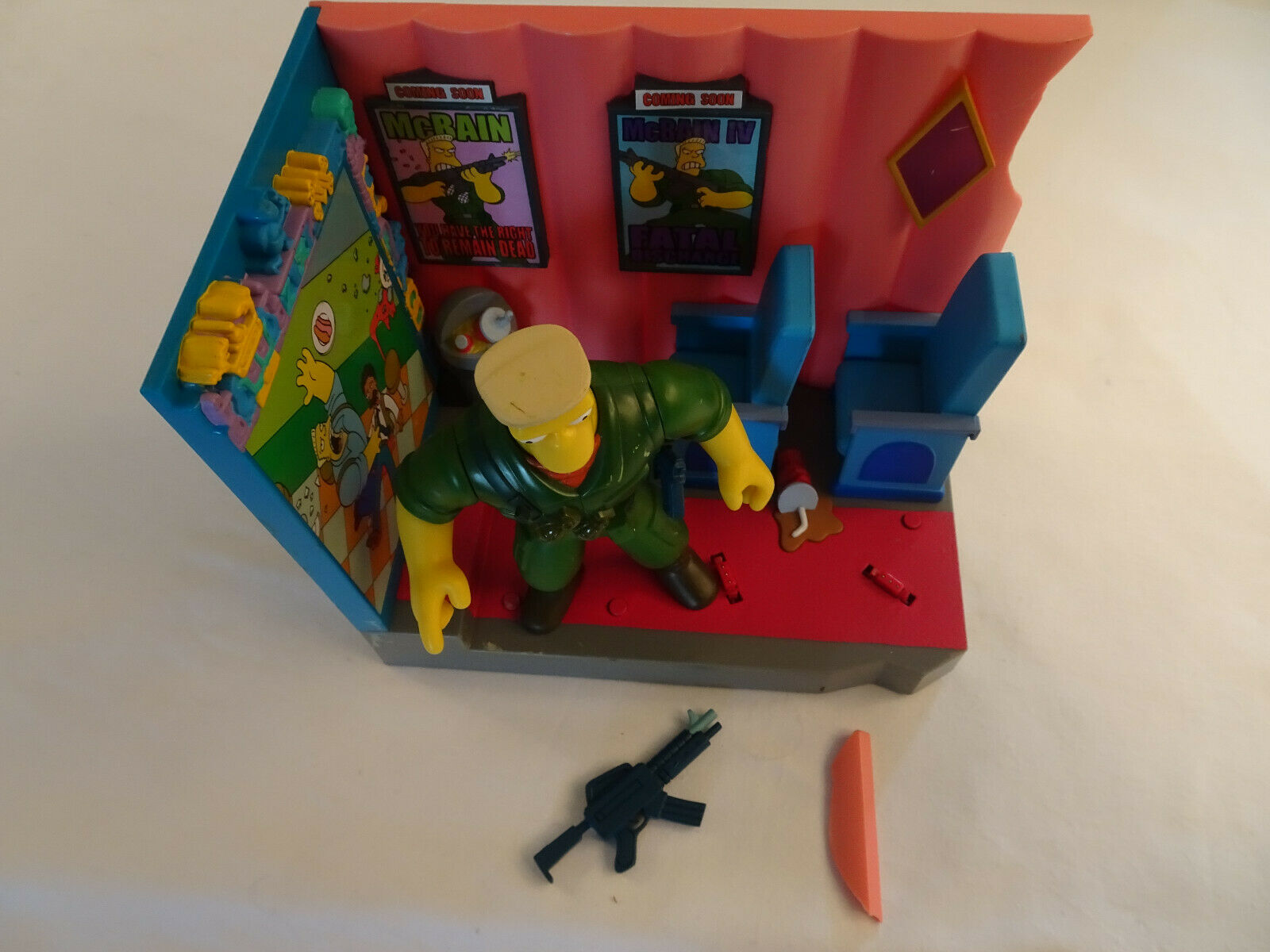 The Simpsons World of Springfield Playset Série 13 Le Cinéma 2002 Playmates