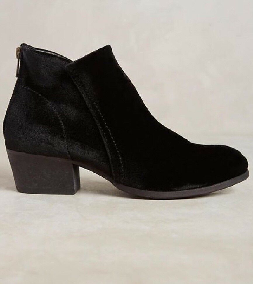 NWT Anthropologie Hudson Apisi Ankle Boots Size 37 Black Velvet H London