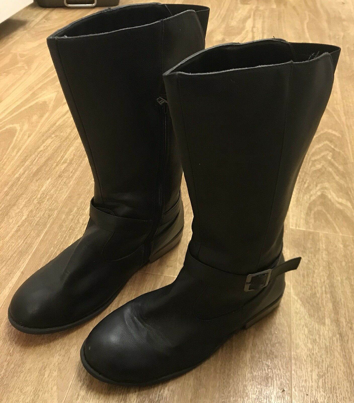 Women's Old Navy Black Mid-Calf / Knee High Boots Size 5