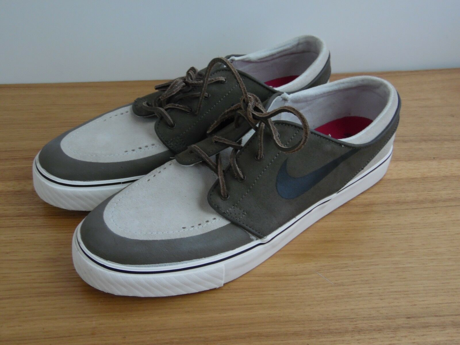 Mens NIKE STEFAN JANOSKI  SB ZOOM AIR Gray/tan  Skate Sneaker Size 12 mint
